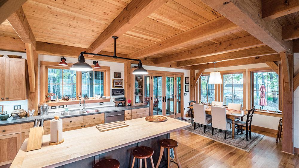 russithacany_timber_frame_interior_c_scott_hemenway_2_8542_2021-05-06_14-19