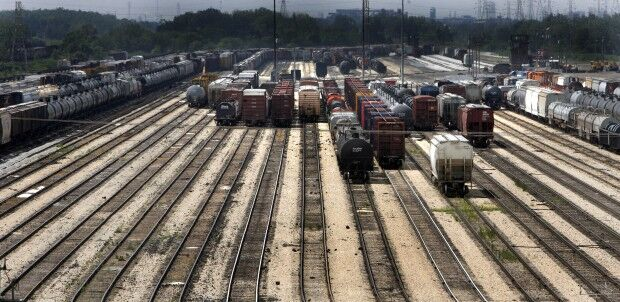 CN seeks federal approval for Kansas City Southern mega-merger, promises to divest Louisiana railroad